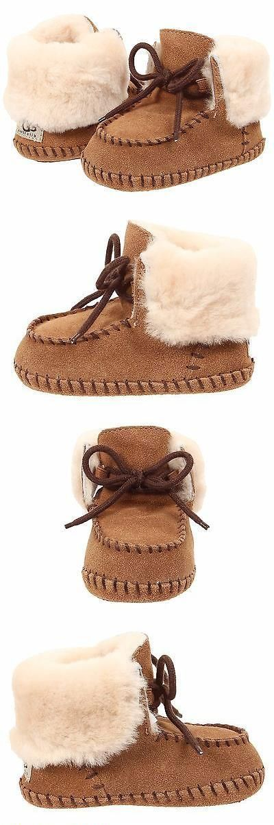 Baby girl shoes: baby ugg boots