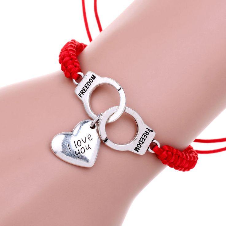 Beau Bracelet Tressè à corde ,couleur Rouge.Mode Femmes  Collection 2016 neuf sous Plastique.   Fermoir Original Menottes en Alliage de Zinc  Longueur du Bracelet:22CM