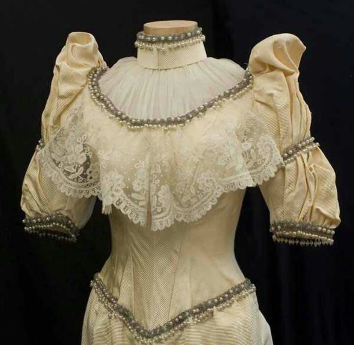 Vintage Wedding Dresses Under 1000: 1000+ Images About 1880's Wedding Gowns On Pinterest