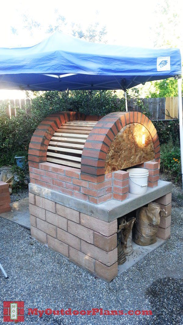 Diy Brick Pizza Oven Myoutdoorplans Free Woodworking Plans And Projects Diy Shed Wooden Playhouse Pergo Brick Pizza Oven Diy Pizza Oven Wooden Playhouse