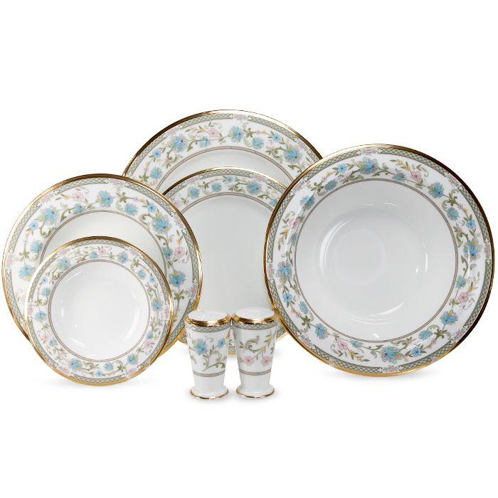 Сервиз обеденный, 6 перс, 23 пр, Юшино  Посуда из костяного фарфора. Комплектация: тарелка подстановочная 27 см - 6, тарелка десертная 20 см - 6, тарелка суповая- 6,  солонка - 1, перечница - 1, салатник большой - 1, салатник маленький - 2.