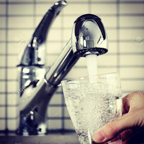 ТРИ ПОТОКА ВОДЫ ИЗ ОДНОГО СМЕСИТЕЛЯ ZEPTER  Компания Zepter представила очередную новинку в системе очистки воды – смеситель «Home Care», подающий не только привычную горячую и холодную, но и очищенную воду!  #смеситель, #смесители, #купитьсмеситель, #Zepter, #смесителидляванной, #смесительдляванны, #смесительдлякухни, #смесительдляраковины, #смесителей, #ремонтванной, #ремонт_ванной, #ремонт, #ремонтквартир, #ремонт_квартир