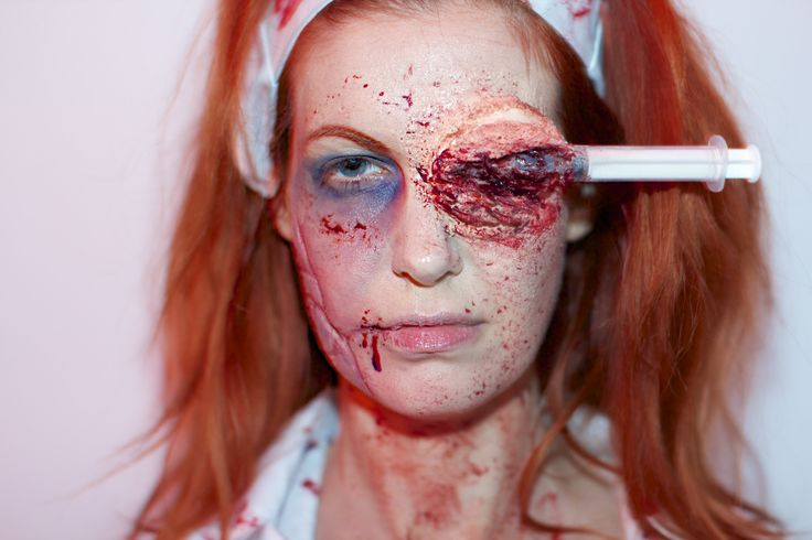 17 best images about zombie sfx makeup on pinterest - Zombie scars with glue ...