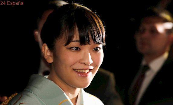 La nieta de Akihito retrasa su anuncio de compromiso por inundaciones en Japón
