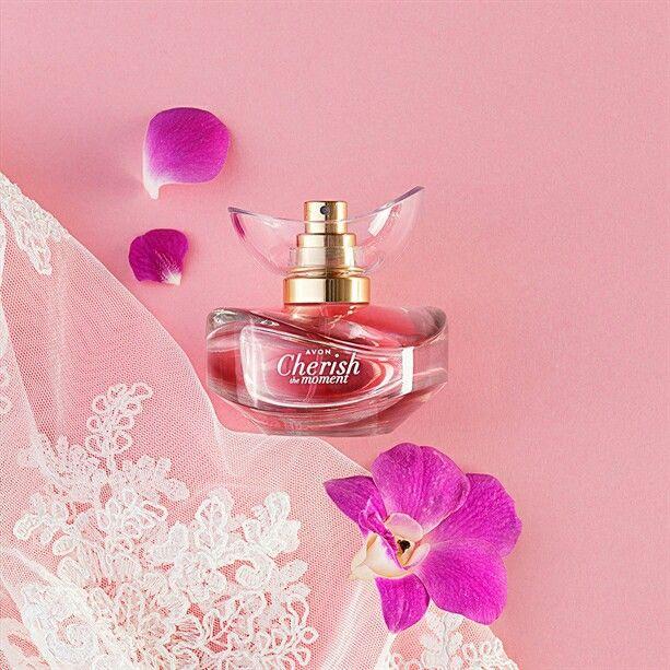 Парфюмерная вода Avon Cherish the Moment. 30 руб. Цветочно-фрктово-древесный аромат 50 мл.