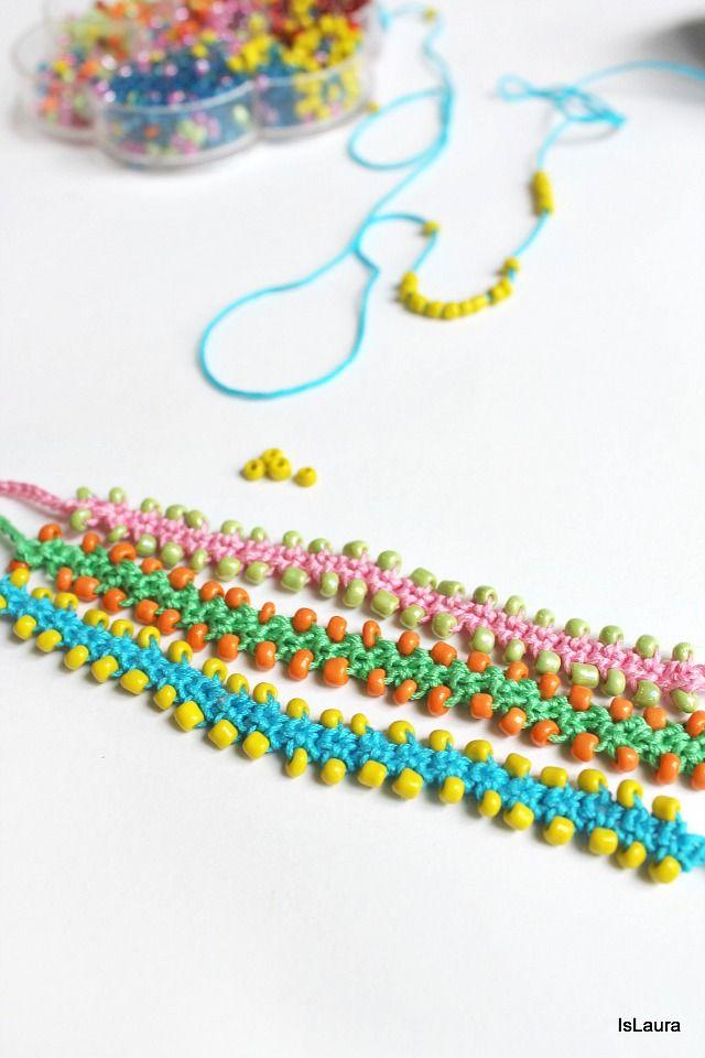 bracciali con perline e cotone lavorati a crochet...needs translation;but there is a picture tutorial. ༺✿ƬⱤღ✿༻