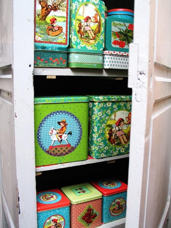 Handige opbergblikken van tinnen, en vrolijke tissueboxen van het Belgische merk Froy & Dind