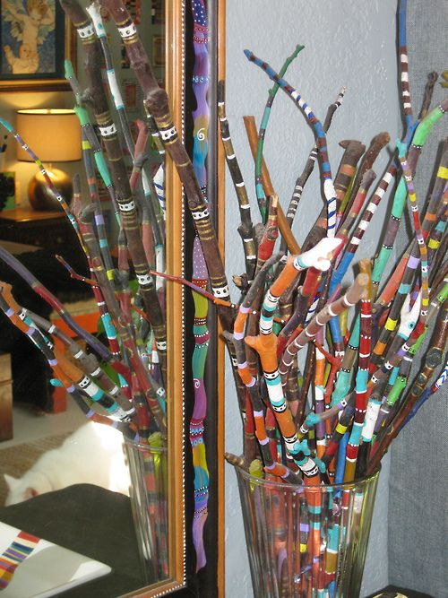 Bouquet of painted sticks (by Melissa Chambers)  easy peasy to do & would look great in an entry way