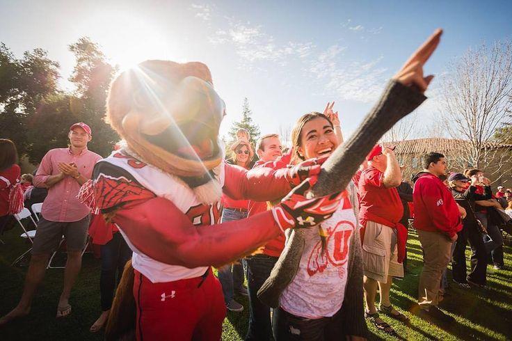 #Utah #Utes getting some help from their mascot. Thanks @utahalumni!  #SuperTailgate #tailgate #tailgating #win #letsgo #gameday #travel #adventure #stadium #party #sport #ESPN #jersey #sports #league #SportsNews #score #photooftheday #love #football #NCAAF #CollegeFootball