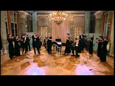 Bach: Brandenburg Concerto No. 2 in F major, BWV 1047 (Freiburger Barockorchester) - YouTube