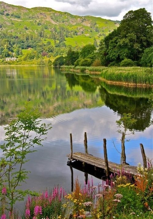 The Lake District, Cumbria, England (via Pinterest)