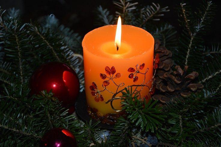 Az emberek többsége, csak a szeretet ünnepén ad, vagy szeret.. pedig mennyivel szebb volna a világ, ha mindennap olyan gondolataink volnának, mint a karácsonyi ünnepek táján..