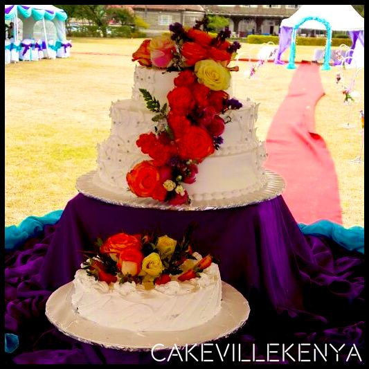 YES! We Are The Wedding Cake Experts :-)