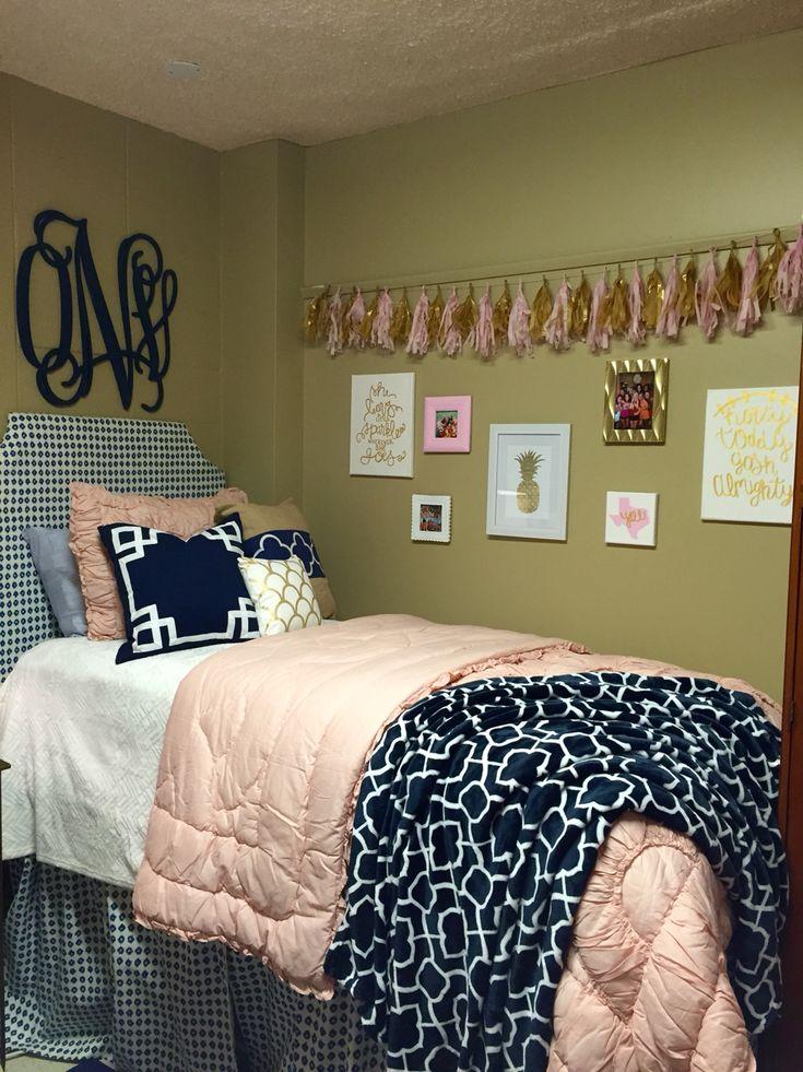 25 best ideas about dorm color schemes on pinterest uni dorm collage dorm room and dorms decor. Black Bedroom Furniture Sets. Home Design Ideas