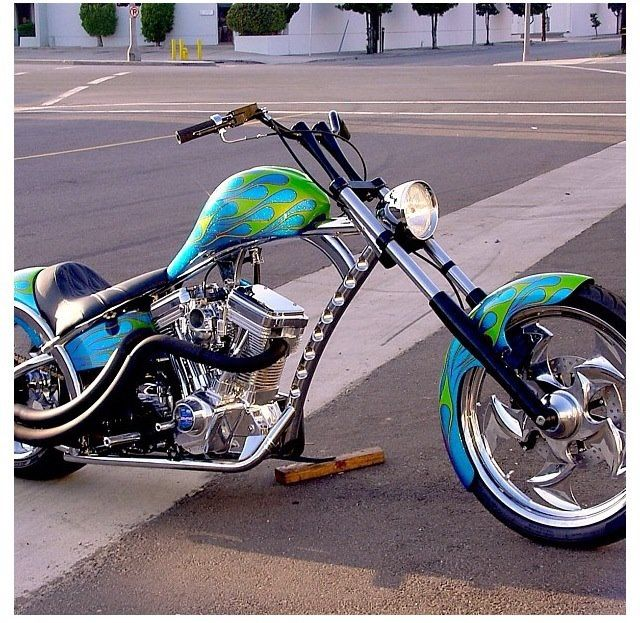 Jesse James' Sturgis Special -Sweet Ride, very contrasting -On my rides I prefer forward controls, but that's just me.