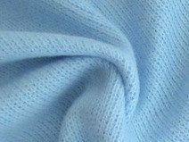 Wunderschöner, weicher Baumwollstoff mit gekämmter (brushed), auf einer Seite flauschifer Oberfläche eignet sich hervorragend zum Nähen von Bekleidung für Baby und Kinder wie z.B. kuschelige Jacken, Pullis, Mützen, sowie für Wohntextilien wie z. B. für Kissen und Decken. 100% Baumwolle