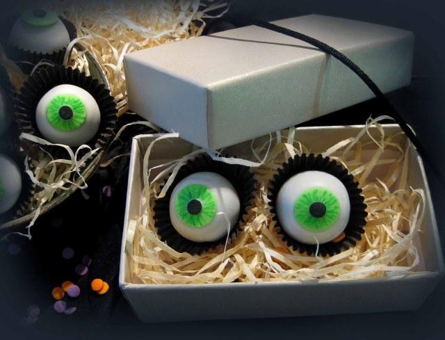halloween-eye-balls                                                                                                                                                                                 Mais