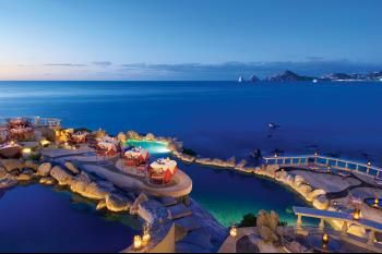 Sunset Point - Spectacular Italian and seafood restaurant in Cabo