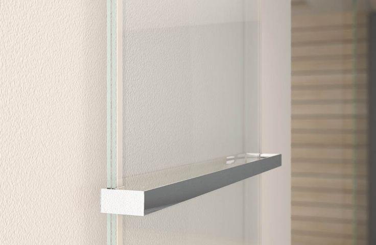 EGO elettrico: l'eleganza dello vetro // EGO electric: the elegance of the glass. #bathroom #home #furniture #heating #casa #riscaldamento