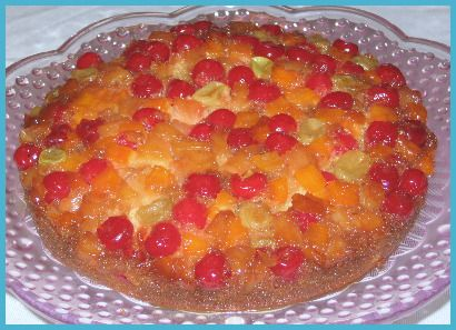 Oh, my!  This was a very tasty treat!  If you're looking for a quick and easy dessert solution that looks really pretty to boot, then this cake recipe is for you.  With only a handful of basic ingredients, you can whip this beauty up in less than an hour. As my first upside down cake...