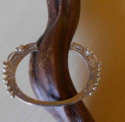 Antico braccialetto in argento massiccio,appartenuto ad uno sciamano.    Triangolo d'oro-