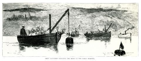 Ο βρετανικός στόλος τοποθετεί νάρκες θαλάσσης γύρω από την ακτογραμμή της Κρήτης (Κρητική επανάσταση, 1889).