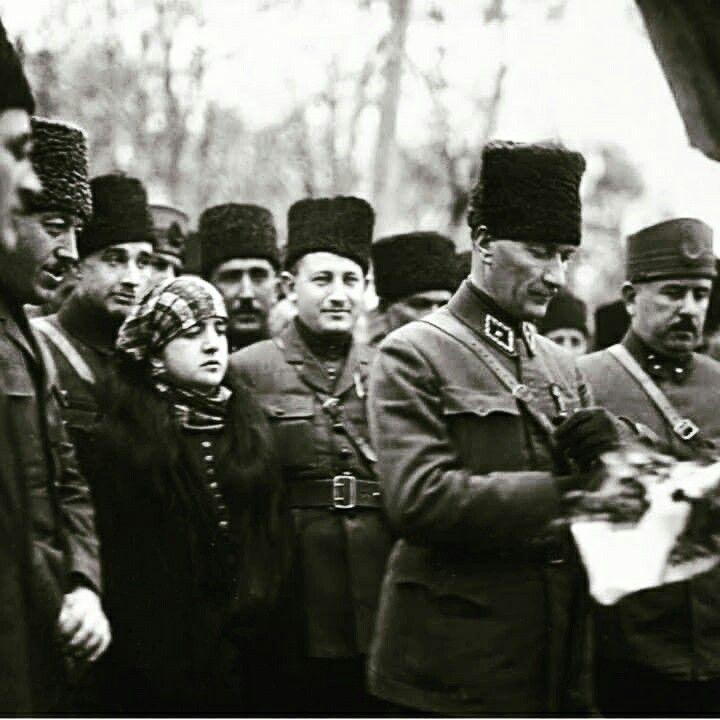 Atatürk ve Cevat Abbas