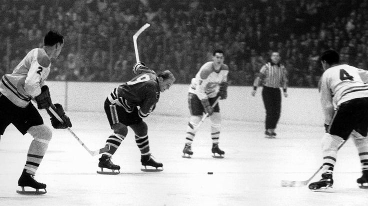 Bobby Hull of the Chicago Blackhawks. Games: 1,063 | Goals: 610 | Assists: 560 | Points: 1,170