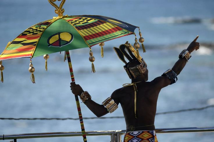 Olodum desfila com maestria no circuito Barra / Ondina em Salvador | Salvador, Bahia, Brazil, Brasil