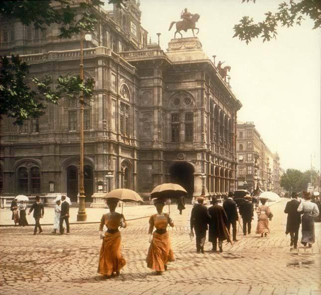 Vintage Photo: Vienna State Opera House, in Vienna, Austria, dated 1902. Photographer unknown.