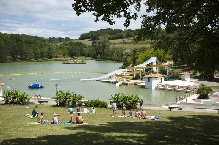 Camping Le lac des 3 vallėes, Lectour, Frankrijk