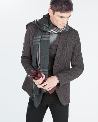 THE TWEED JACKET | Shop for men's sports coats, sports jackets, blazers, suits, shirts, pants and Ties at www.designerclothingfans.com Discover a variety of men's formalwear for the office to complete your wardrobe this Fall and Winter.