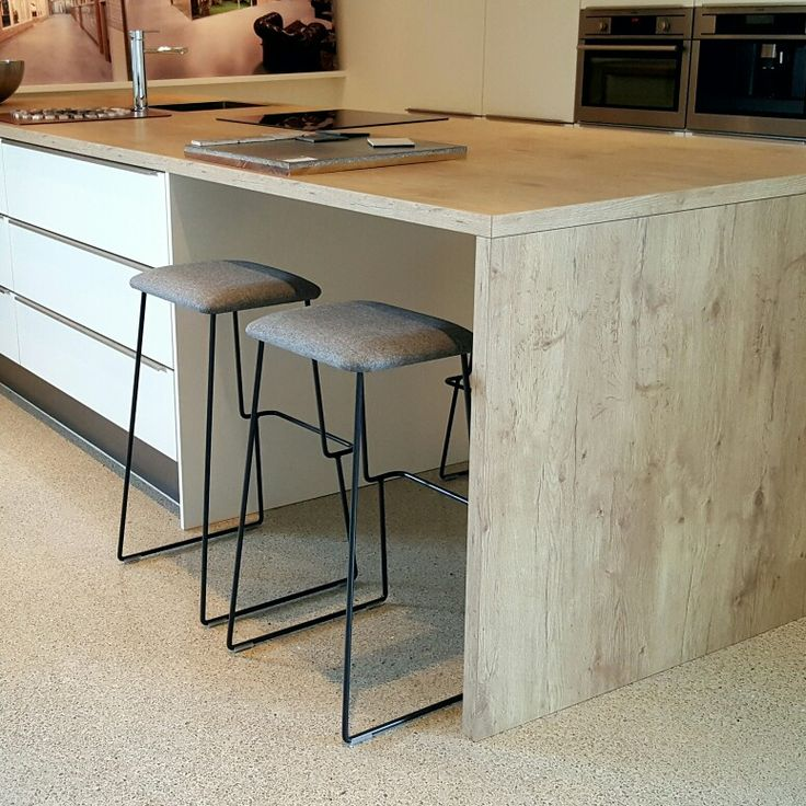 Step stool by Balzar Beskow  design Tim Alpen  at Duracryl showroom