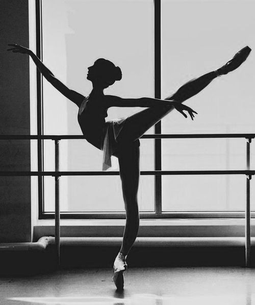 An extreme arabesque - however, notice how the upper back, shoulders and back of the neck remain perpendicular to the ground even though the pelvis is tilted forwards. Remember this image for your next class!