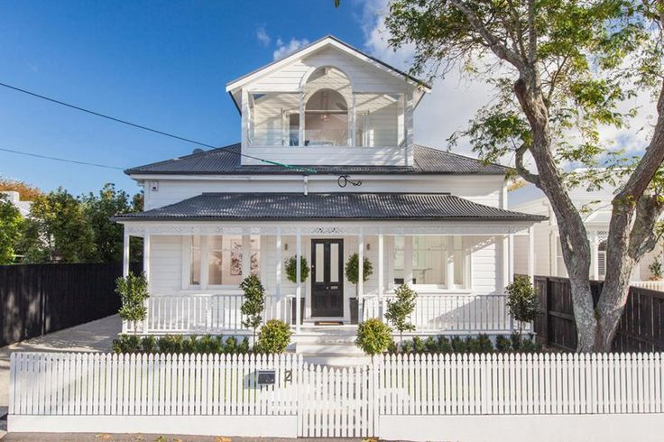 One of the most beautiful villas I have seen. Right in the city too! In Freemans Bay, Auckland