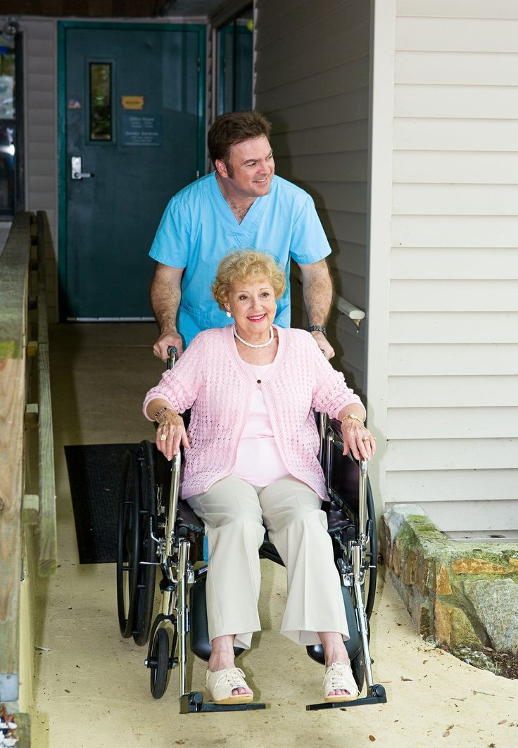 With more elderly people needing round-the-clock care for chronic illnesses and disabilities, nursing homes, long-term care facilities, and assisted living facilities are looking to expand their workforce. Certified nursing assistants provide direct ...