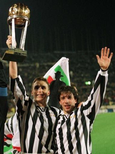 Alen Boksic and Alessandro Del Piero of Juventus lift the Intercontinental Cup in 1996/1997