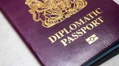 The first bilateral official visit of the head of the Jamaican Government to the Dominican Republic in more than 34 years resulted in a visa waiver agreement.