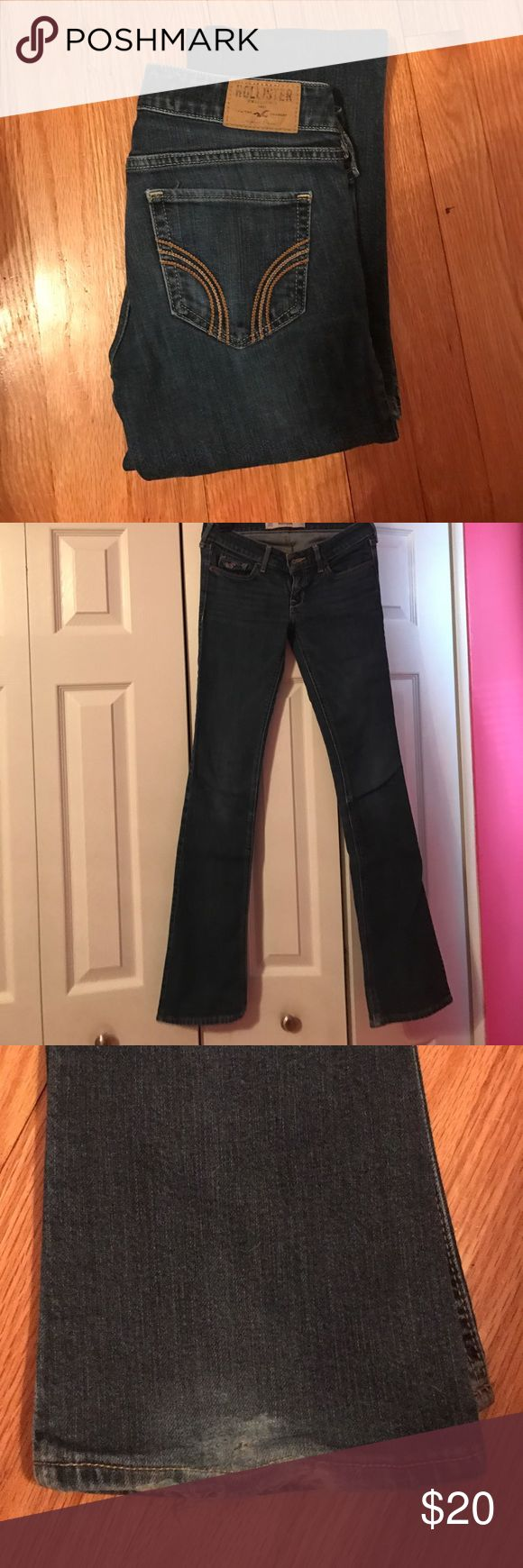 Hollister Boot Cut Jeans Hollister boot cut jeans! Slight tearing on the ends from stepping on them while wearing them, otherwise in great condition! 00R Hollister Jeans Boot Cut