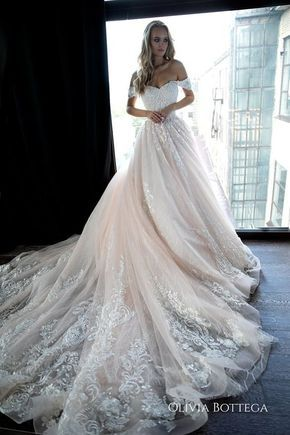 Off shoulder ball wedding dress Sheldon by Olivia Bottega. Lace wedding dress. Princess wedding dres