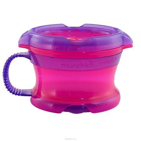 """Контейнер Munchkin """"Поймай печенье"""", с крышкой Click Lock, цвет: розовый, фиолетовый  — 866р.  Контейнер для снеков Munchkin """"Поймай печенье"""" выполнен из безопасного пластика. Он идеально подходит, если нужно покормить малыша """"на ходу"""", чтобы закуска осталась в контейнере, а не на полу, не на сиденье автомобиля или коляски! Мягкие силиконовые лепестки помогают ребенку подкрепиться самостоятельно и при этом предотвращают рассыпание содержимого контейнера. Регулируемая крышка позволит малышу…"""