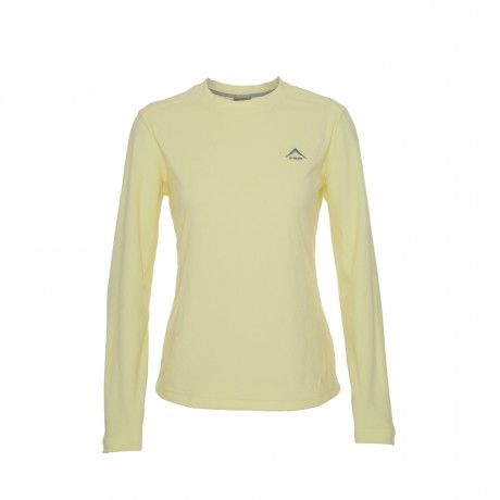 K-Way's Isis is a lightweight fleece crewneck with a raglan sleeve for extra comfort. The fleece fabric is 100% polyester and offers excellent stretch and recovery. It also has a wicking finish, which removes moisture from the skin, making it ideal as an insulation layer or as an over-layer for exercising in cold conditions.