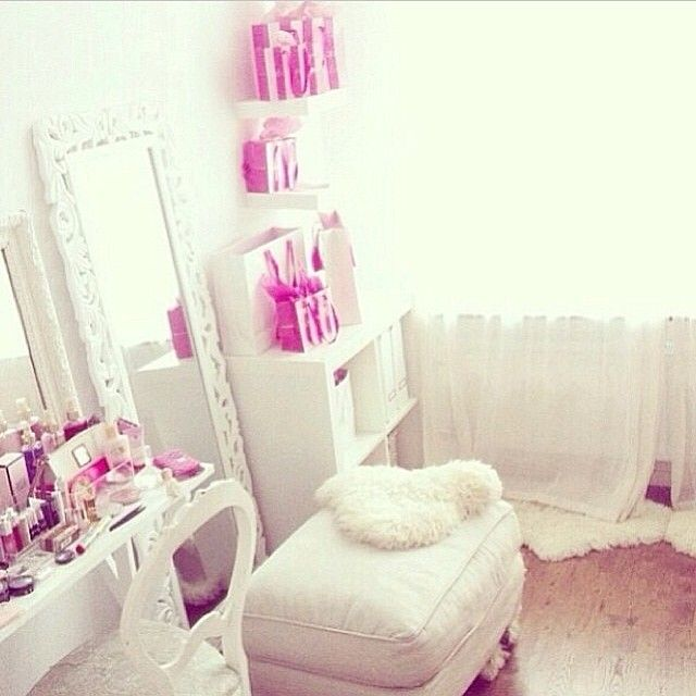 493 Best Images About Pink Bedrooms For Grown Ups On: 17 Best Images About Bedrooms Dorms