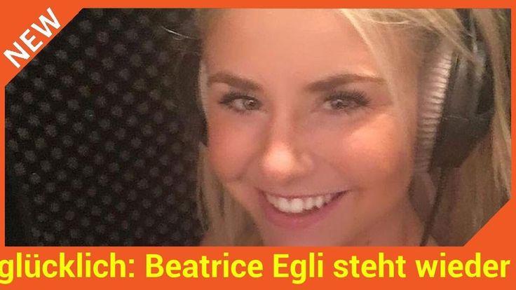 Endlich Neues von Beatrice Egli (29)! Spätestens seit ihrem Sieg bei DSDS 2013 kann das Schlager-Sternchen auf eine beachtliche Karriere zurückblicken. Innerhalb der vergangenen zehn Jahre hat sie insgesamt sechs Studioalben herausgebracht. Für die Fans gibt es jetzt bald Nachschub!   Source: http://ift.tt/2wxn7bj  Subscribe: http://ift.tt/2rXC5b2 überglücklich: Beatrice Egli steht wieder im Studio!
