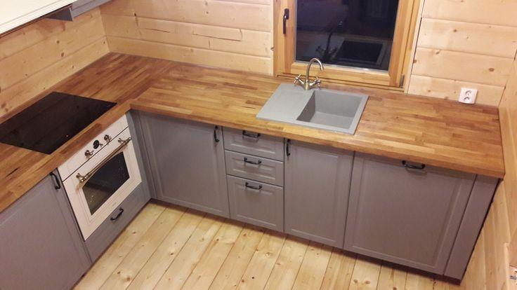 kuchnia IKEA Metod z szarymi frontami Bodbyn