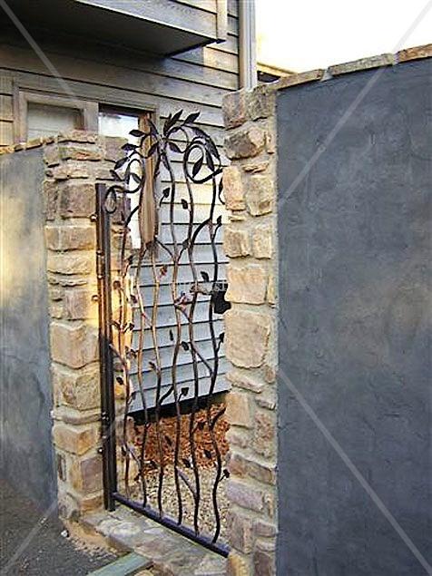 Leaf design gate | Wrought iron gates