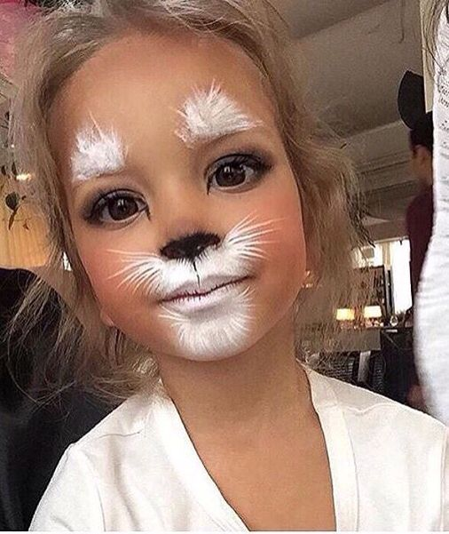The cutest little girls cat makeup