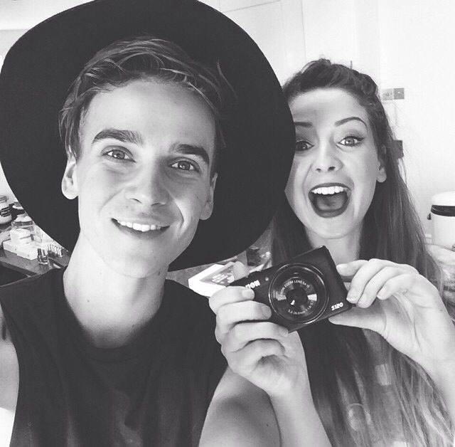 Zoella and Joe / youtubers