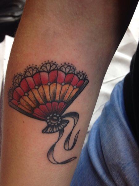"""#casttattoo Ecco il tatuaggio di """"jali83"""".  """" Ventaglio spagnolo """"  http://tattoo.codcast.it/"""