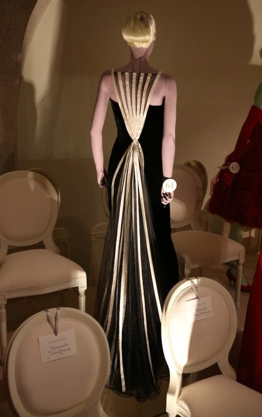 julia roberts oscar dresses | VALENTINO na SOMERSET HOUSE | 40 Forever